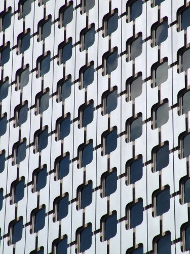Hochaus im Viertel Défense in Paris gjulier