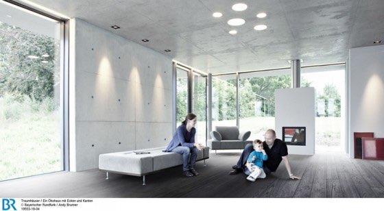 Der Wohnbereich öffnet sich auf drei Seiten mit großen Glasflächen nach draußen. Bild: BR/Andy Brunner.